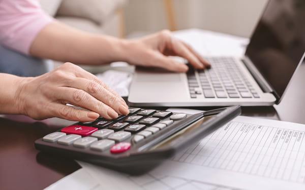 outourcing usług płacowych w firmie